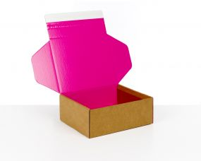 Pink Cardboard Boxes for E-commerce